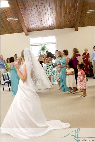 Janet & Dakota : Wedding Reception Photography by Aimee